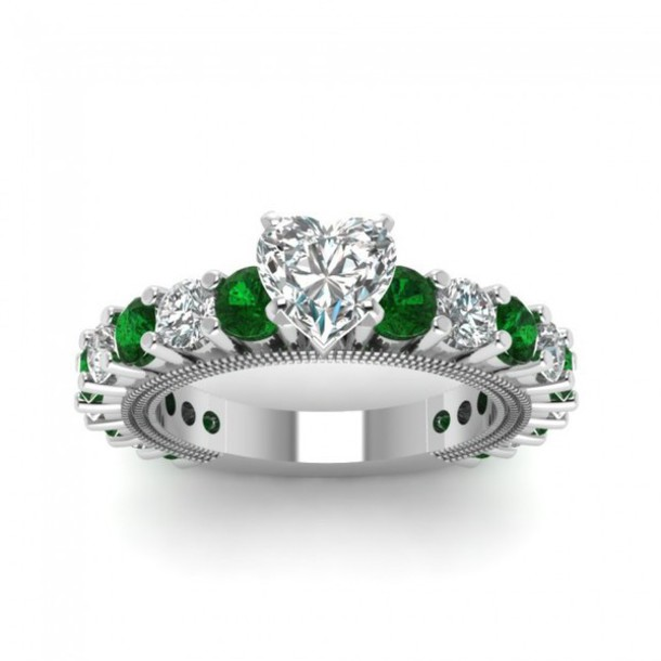 htm shaped ladies white ring emerald claddagh e p heart gold diamond