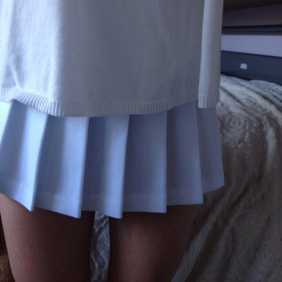 sportswear or skirt white skirt it's white sweater pale atropina self body legs thigh gap placket white style blue skirt pale grunge pleated skirt
