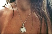 jewels,sun,siler necklace,sun necklace,necklace