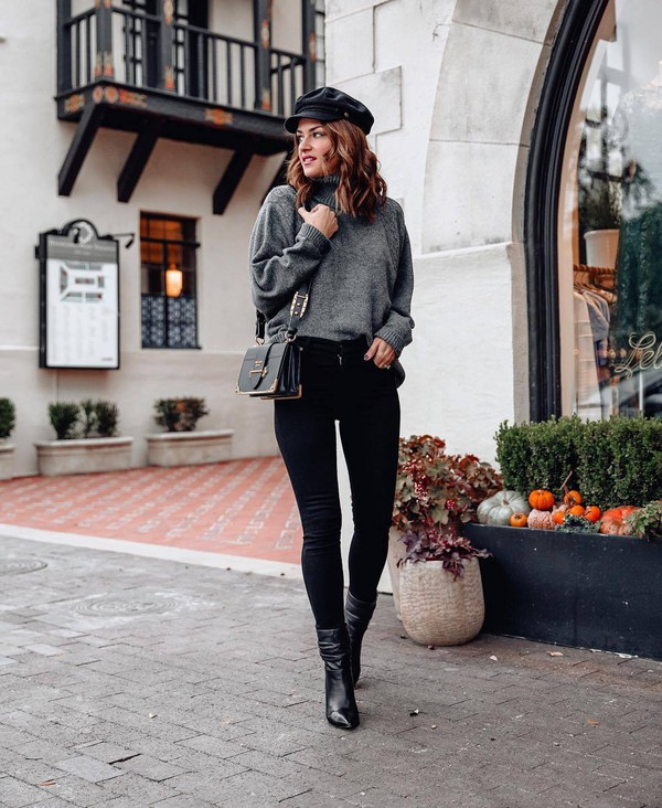sweater grey jumper black skinny jeans black bag black hat