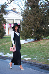 tanvii,blogger,jumpsuit,t-shirt,shoes,sunglasses,bag,hat,pumps,felt hat,spring outfits,pink bag,gucci bag