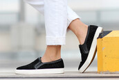 shoes,sneakers,black,white,streetwear,loafers,rubber,plimsolls,blogger,sweat the style,streetstyle,cool