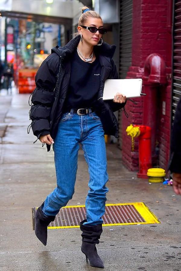 sweater jeans denim hailey baldwin model off-duty streetstyle fall outfits jacket sweatshirt