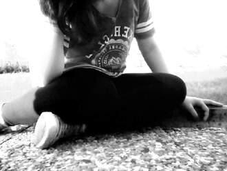 shirt sportnummber top ♥ chuck taylor all stars love life streetlook summer new yorker h&m instagramm : yesimgz ♥