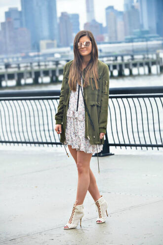 to be bright blogger dress jacket shoes sunglasses
