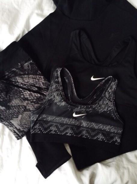underwear nike bra sporbra nike brand with different  prints a sportswear nike pro nike pro arctic nike pro