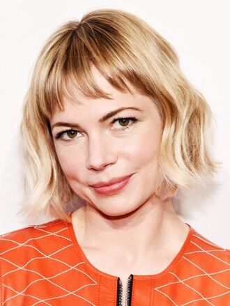 hair accessory wavy hair short hair hair hairstyles blonde hair actress michelle williams