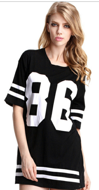 dress black white sporty t-shirt blouse jersey dress style shirt jerse shirt dress jersey