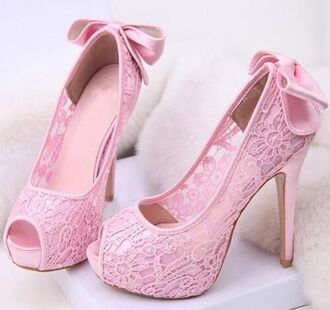 shoes pink pink shoes lace lace shoes pink lace lacy beautiful beautiful shoes pumps peep toe girly girly shoes pretty cute love delicate lovely
