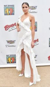 dress,white,white dress,pumps,olivia culpo,all white everything,shoes