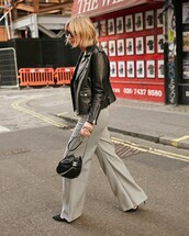 pants,wide-leg pants,high waisted pants,pumps,high heel pumps,shoulder bag,jacket,black jacket,leather jacket,sunglasses