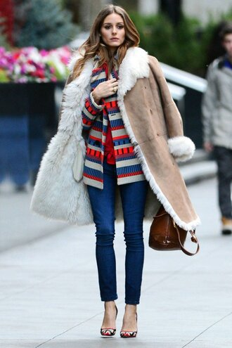 coat red and blue cardigan brown suede coat skinny jeans stilettos blogger brown bag