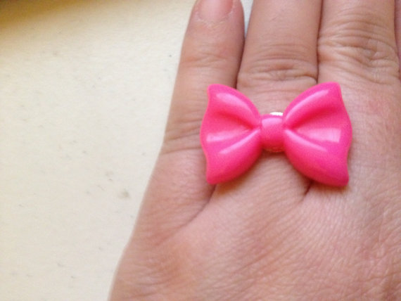 Super kawaii pink bow ring par glamskullgoodies sur etsy