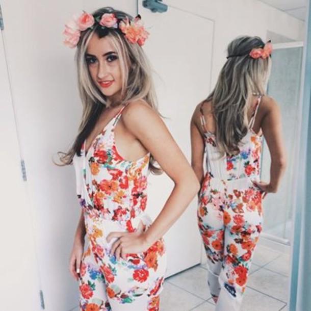 jumpsuit florla floral jumpsuit silk silk jumpsuit floral headnamg floral garland garland fashion summer outfits boho boho outfit