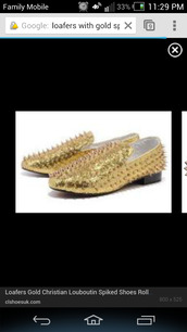 shoes,gold,gold spikes,loafers,studded shoes,smoking slippers