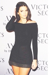 kendall jenner,black dress,victorias secrete,model,kendal jenner dress,dress,kardashians,cute dress,summer,studded,long sleeve dress,top,victoria's secret