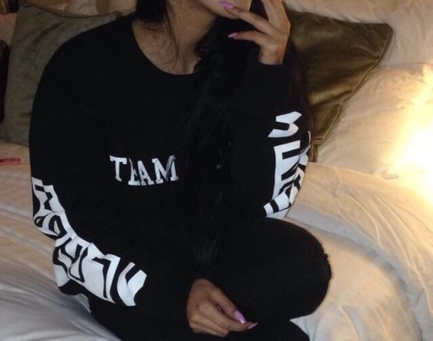black tumblr jumper sweatshirtrt sweater shirt black white hotel joint long sleeves blouse team jumper
