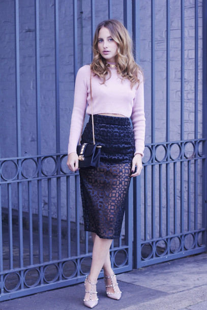 at fashion forte blogger velvet skirt cropped sweater pink sweater high waisted skirt see through