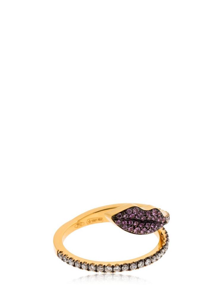 DELFINA DELETTREZ Marry Me Lips Ring in gold
