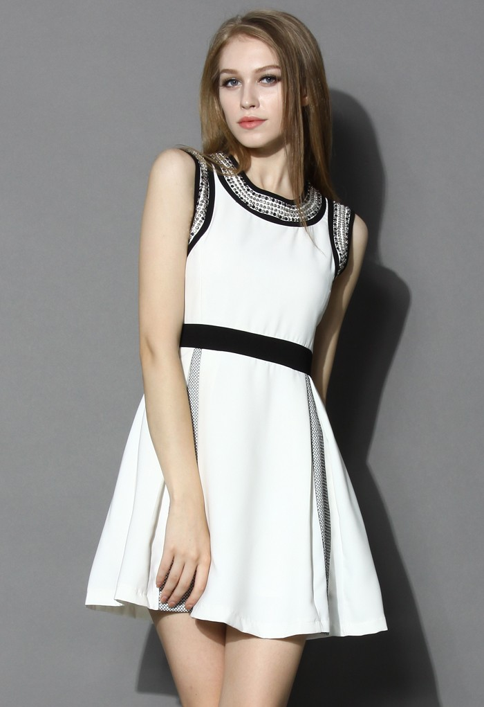 Contrast Embellished Pleated Dress - Retro, Indie and Unique Fashion