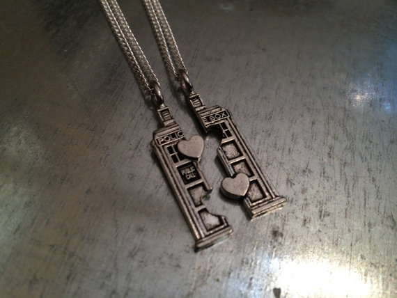 Items similar to Phone Booth Double Heart Friendship Necklace and Bracelet Set on Etsy