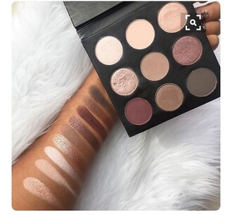 tights eyeshadow palette make-up eyeshadowpalette eye shadow dusty pink pink makeup palette tarte pallete palette eye shadow palette eye makeup