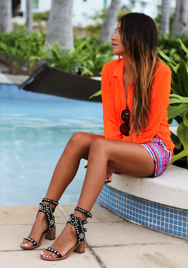 sincerely jules blouse shorts shoes jewels aztec shorts color/pattern summer outfits cute shorts stripes neon orange blouse summer tanned girl blonde hair sunglasses high heels black pool sandals summer shoes black shoes black sandals with white heel