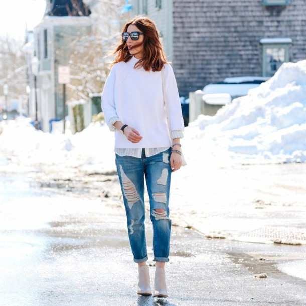prosecco and plaid blogger jeans sweater blouse shoes bag jewels sunglasses