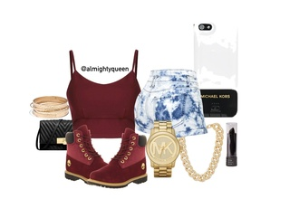 clutch shorts crop tops michael kors timberlands gold jewelry bleached shorts phone case black lipstick