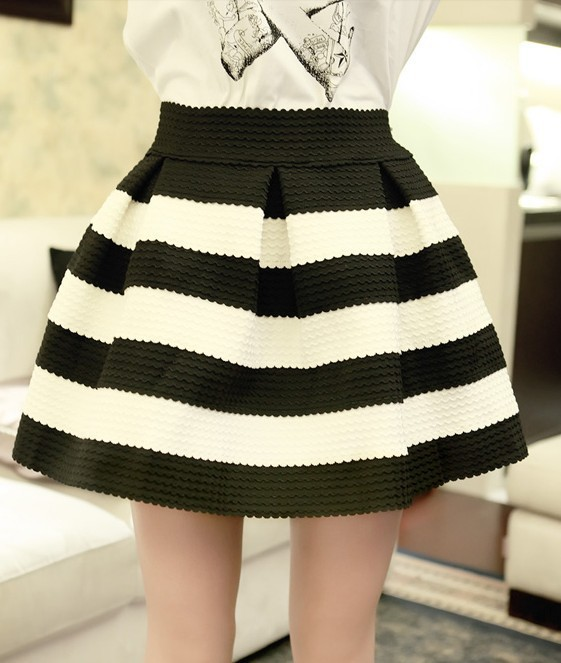 2013 autumn new classic high waist  black and white striped bubble skirt