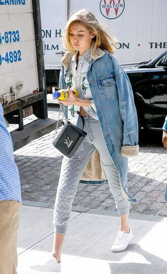 coat denim denim jacket gigi hadid sweatpants sneakers model spring outfits athleisure jacket pants