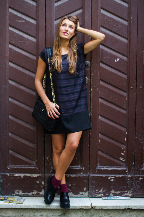 style and trouble blogger socks bag shift dress