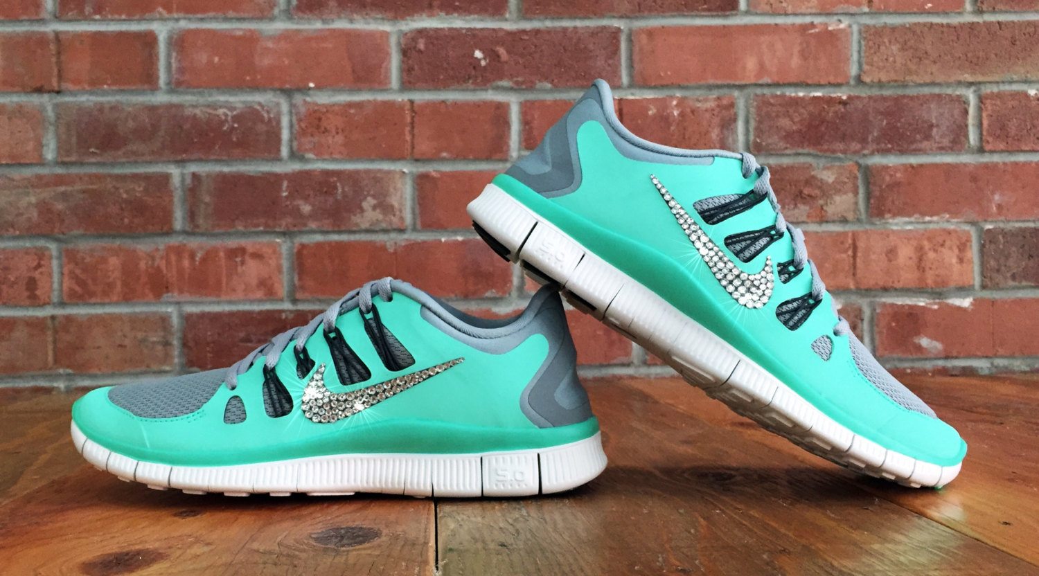 best service 0e1fe e67bb ... wholesale nike free runs with rhinestones bf885 31d20