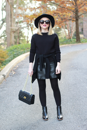 poor little it girl blogger sweater bag hat leather skirt black round sunglasses