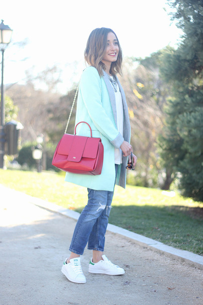 besugarandspice blogger coat mint shoulder bag