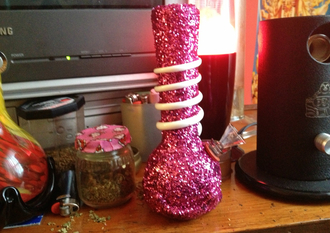 jewels pipe weed smoke gift ideas for sister