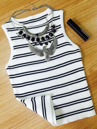 top black and white knitwear fashion style trendy stripes summer casual crop tops zaful