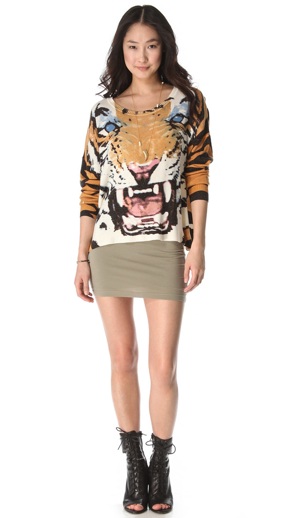 sweater minkpink designer printed sweater tiger fashion trendy trendy tiger sweater