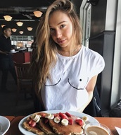 top,alexis ren,white boob shirt