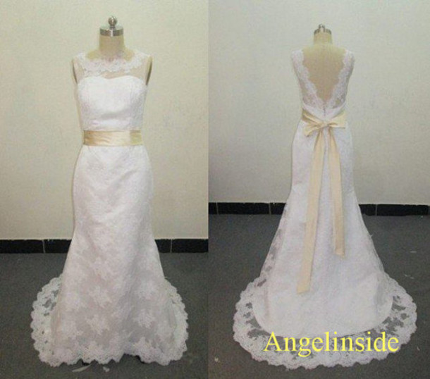 Dress open back lace wedding dresses wedding dress lace for Vintage lace wedding dress open back