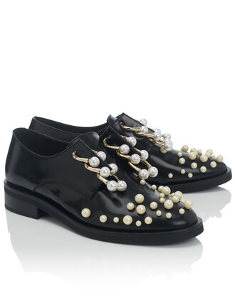 pearl shoes black