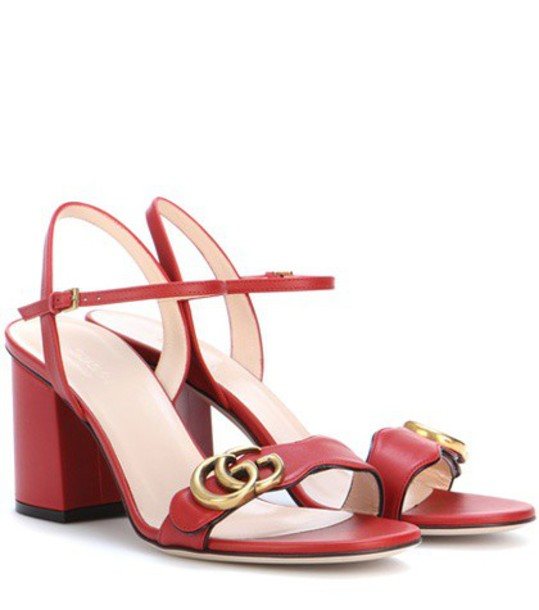 Gucci Leather sandals in red
