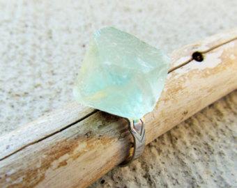 stone rings en Etsy, un mercado global de artículos hechos a mano y vintage.
