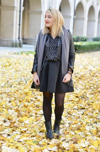 paris grenoble blogger jacket polka dots black shirt circle skirt black skirt blouse shoes jewels