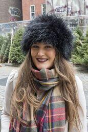 hat,black fur hat,fur hat,black hat,scarf,tartan,tartan scarf,flannel scarf,flannel,brunette