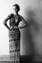 dress,long dress,maxi dress,black and white,gypsy,boho,boho chic,fantasy,boho dress,tribal pattern,sexy v-neck dress,v neck,v neck dress,long sleeves,special occasion dress,chic