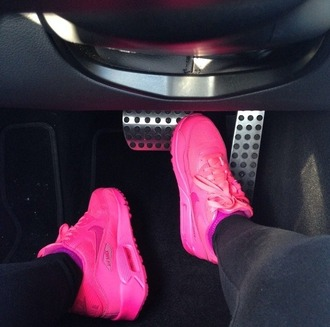 shoes nike air air max free runs trainers sneakers nike black pink pink shoes hot pink tumblr shoes tumblr