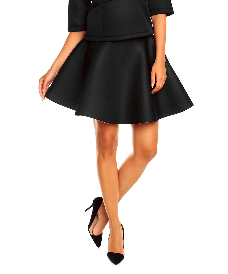 Find the perfect skirt at a great price in Ann Taylor's newest collection of skirts on sale today. Explore classic pencil skirts, pleated skirts and more.