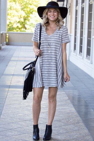 dress stripes striped dress boots purse cute cute dress girl girly fall outfits fall dress ootd fashion style grey grey dress t-shirt dress v neck dress v neck necklace floppy hat tumblr outfit