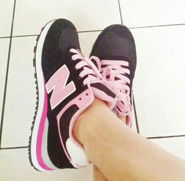 black and pink new balance